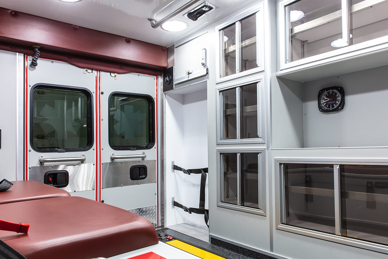Metro Express RP90ES Type-1 Interior 1